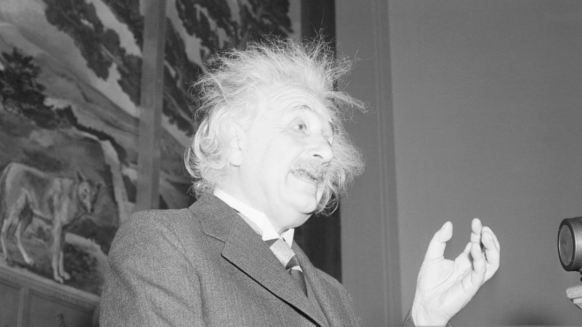 Albert Einstein Quotes to inspire you