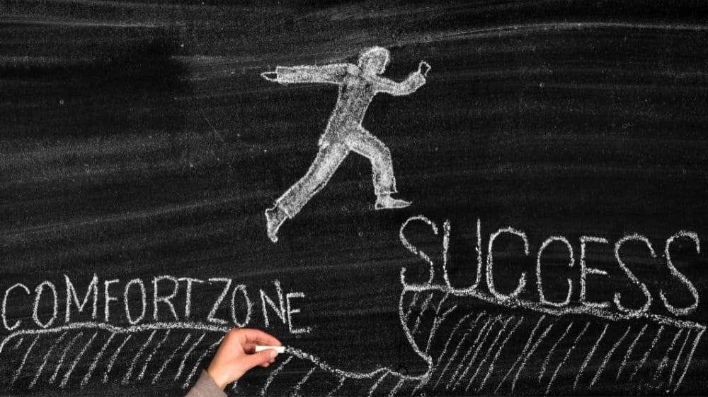 Inspirational quotes about step out of your comfort zone to achieving your dreams in life